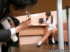 Lickerish omnibus pets Valya's bedraggled pussy.